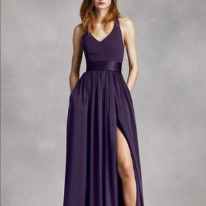 Vera wang  v neck halter gown with sash size 10
